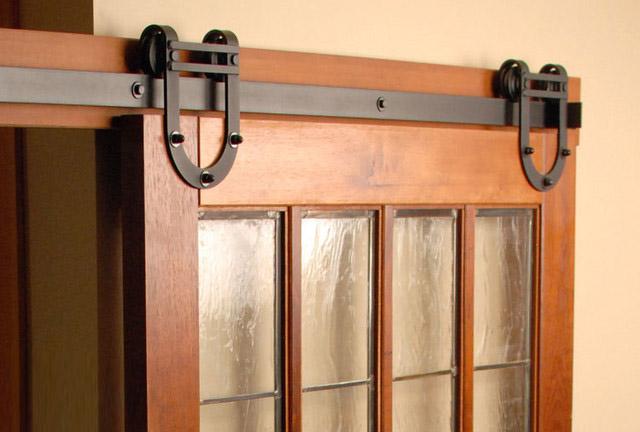 Sanipro Horseshoe style barn door hardware